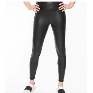 ATHLETA All Over Gleam Tight, Large Tall